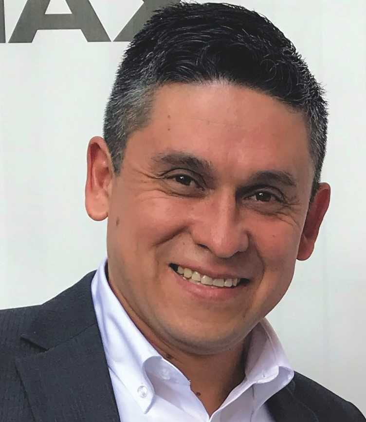 Milton Acosta takes up his new position within Iberia team for Optex