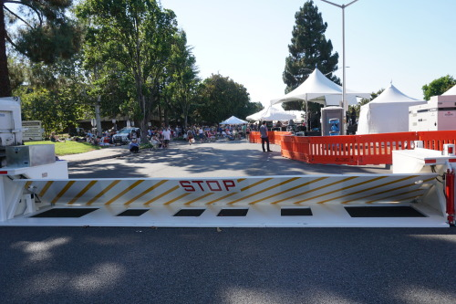Delta temporary barriers protect crowds at Fremont festival